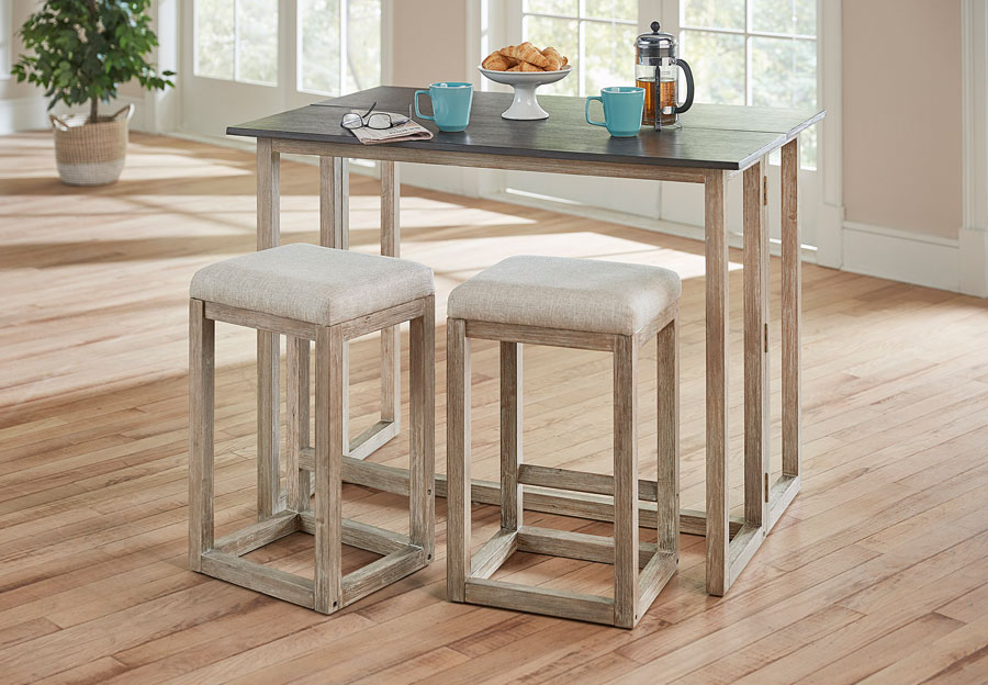 Standard Jefferson Folding Table With Two Stools