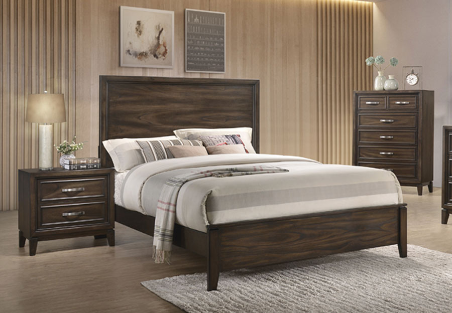 Standard Winchester Tobacco Queen Headboard, Footboard and Rails